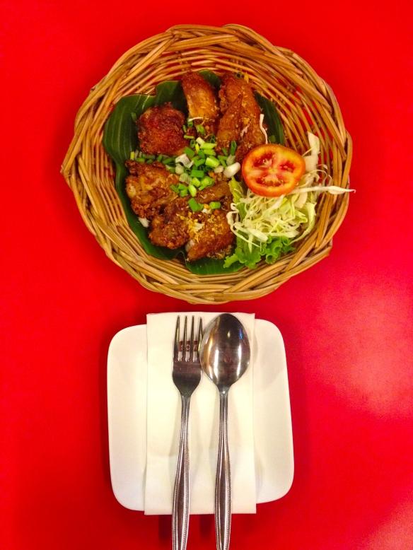 Som Tam Nua Chicken Wing