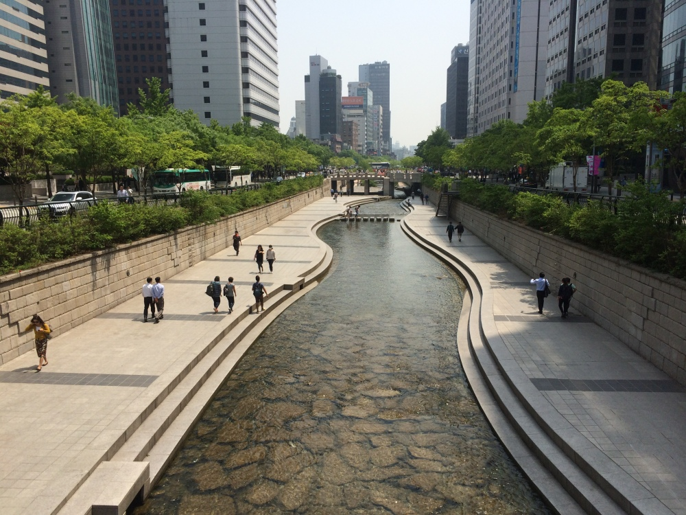 Korea 2014: Bukchon Hanok Village, Cheonggyecheon Stream, Namsan Tower (3/6)